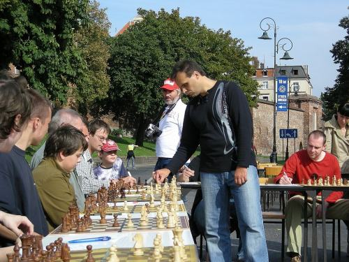 How to become a Chess Player?