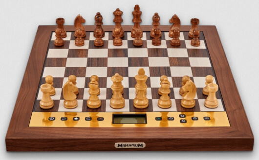 Millennium Chess Computer - The King Performance